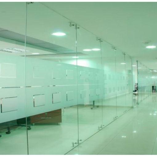 Vidrios-templados-y-laminados--para-sepacion-de-oficinas-en-lima